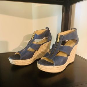 Micheal Kors t-strap Wedges